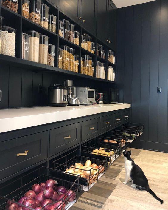 Kitchen Organisation + Freebie: Making Spring Cleaning Look Good - Pantry Organisation