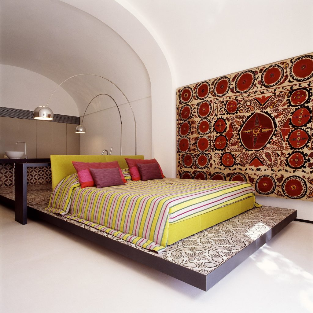 Lazzarini-Pickering-Bedroom-Tiled-Platform