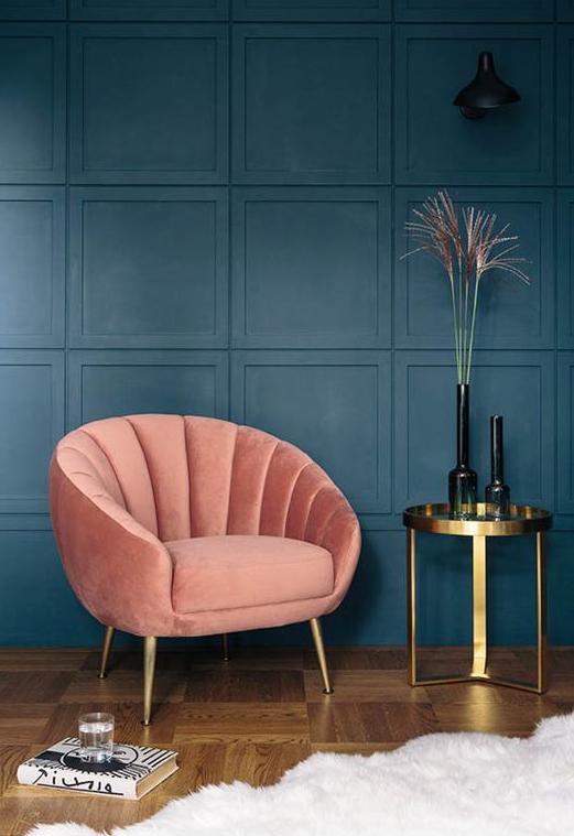 Art deco scallpoed velvet accent chair