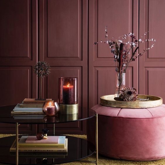November Pinterest: Top 15 - Red rich moody and cozy interior