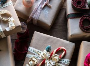 20 Creative Ways To Gift Wrap Your Presents This Christmas