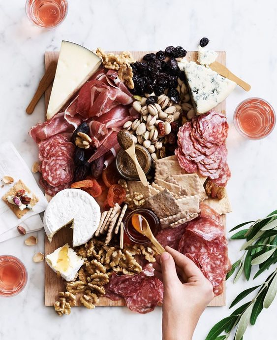 December Pinterest: Top 15 - Cheese and meat board feast